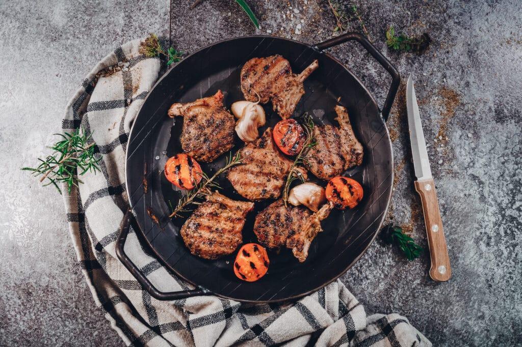 BBQ Rub - dieses Bild zeigt Fleisch, was mit unseren Rubs einmassiert wurde