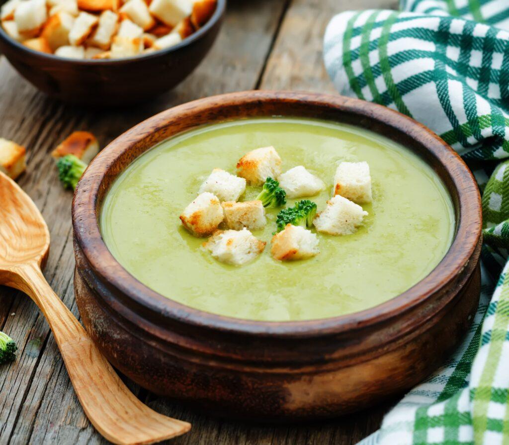 Suppen: dieses Bild zeigt eine grüne Suppe