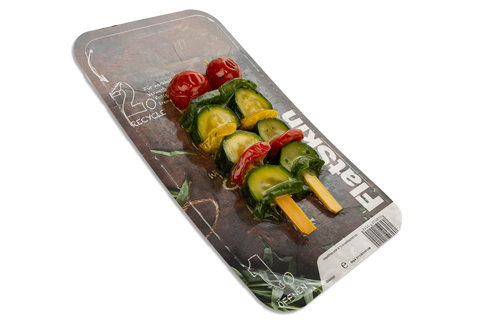Marinaden: dieses Bild zeigt einen marinierten Gemüse-Spieß in einer FlatSkin Verpackung