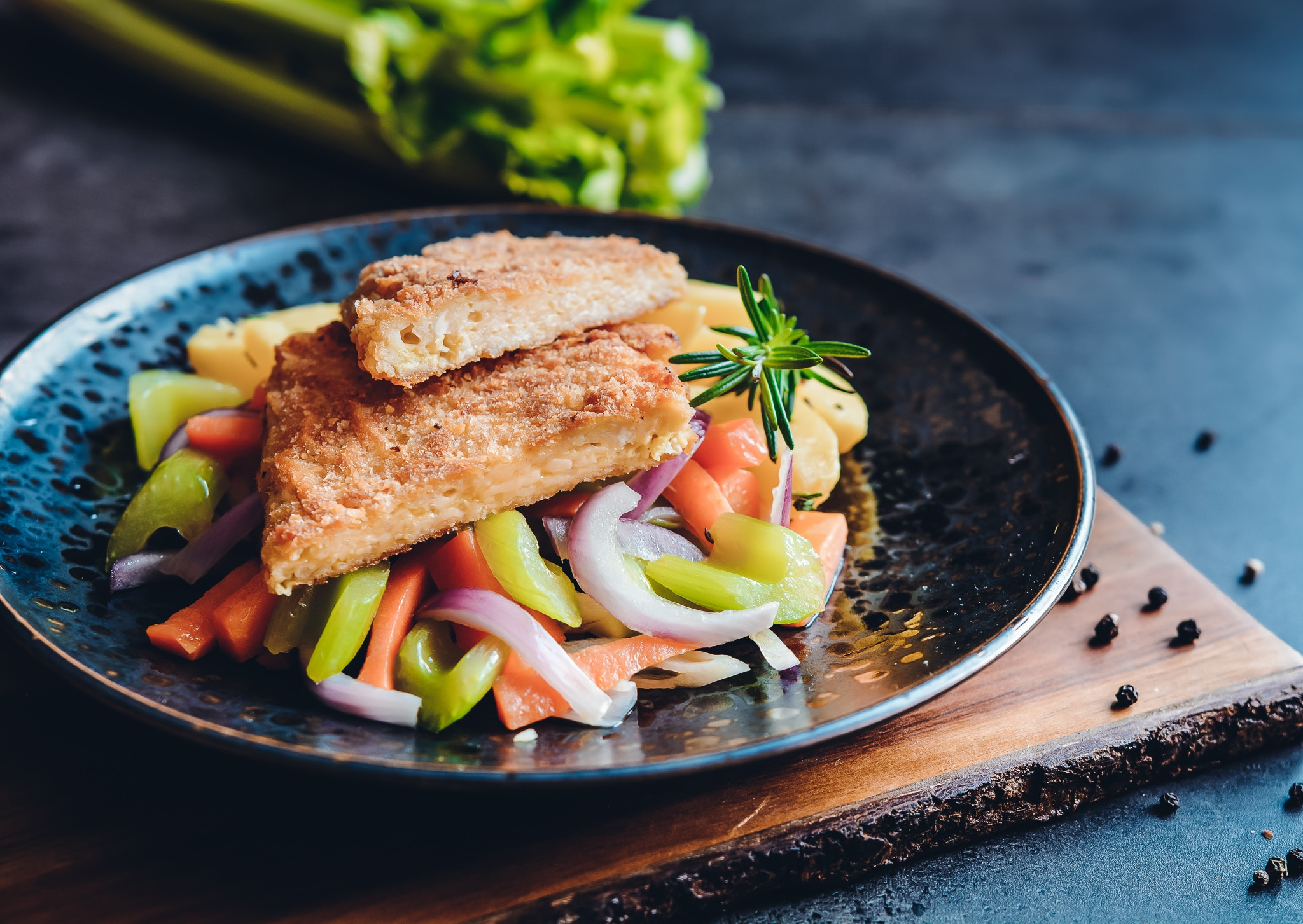 Fleischalternativen: dieses Bild zeigt ein vegetarisches Schnitzel